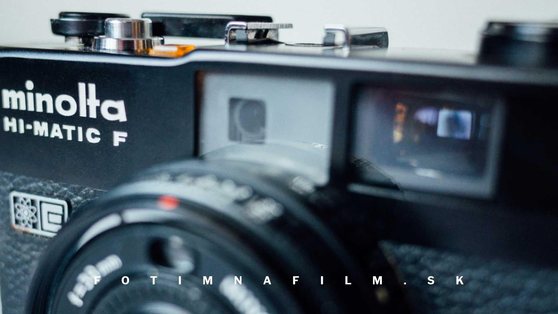 Fotoaparát na film Minolta